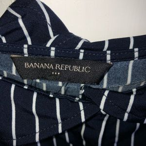 Banana Republic Tops - Button down off the shoulder blouse